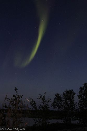 Aurora and Perseid Meteor, por Anson Chappell