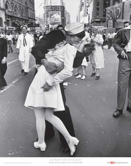 Beso en Times Square