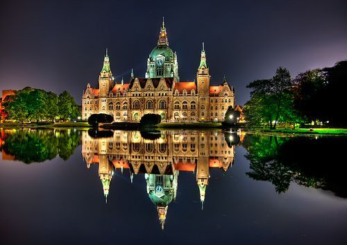 Hannover Rathaus, por Sprengben [why not get a friend]